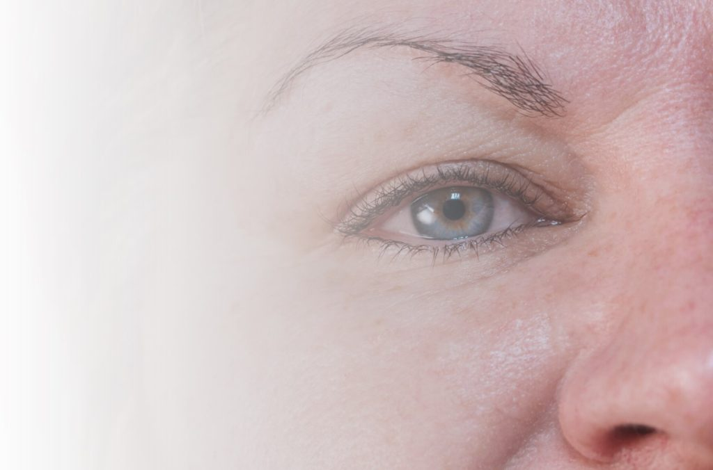 Eyebrows Disappearing See If Microblading Is For You Blue Hare
